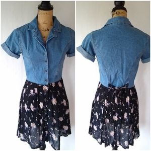 Vintage • denim & floral button front mini skirt